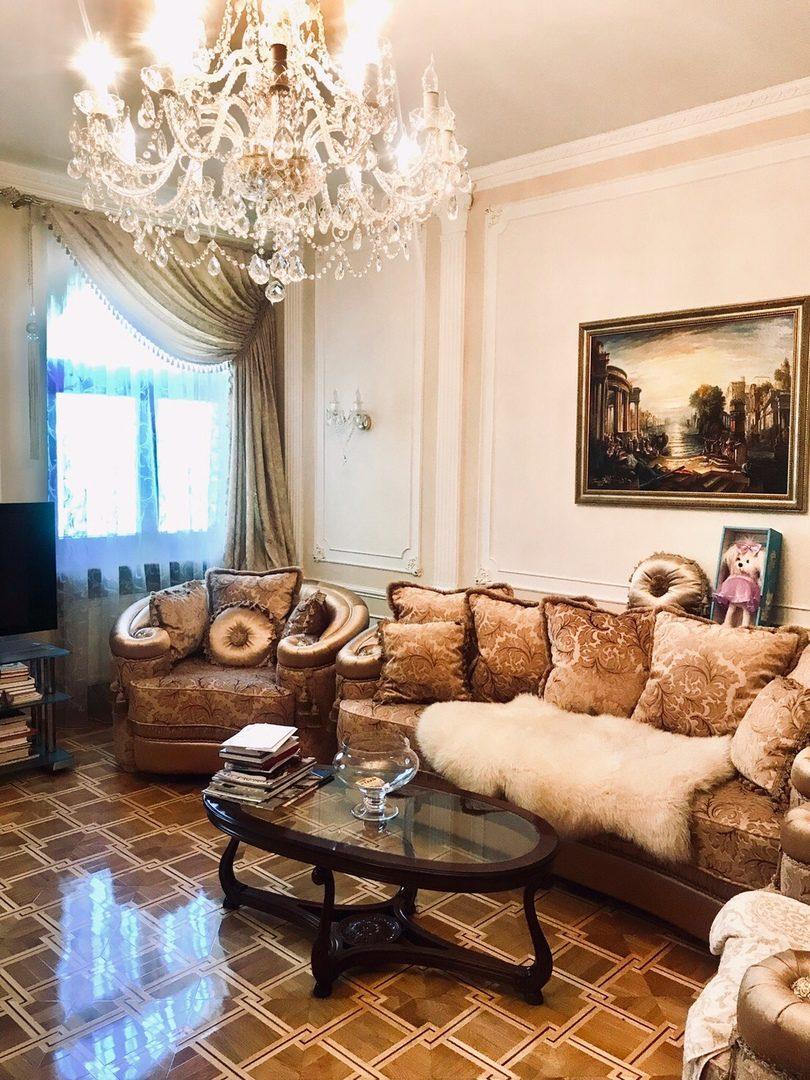 Продаётся элитная 6-комнатная квартира в тихом центре города Севастополя